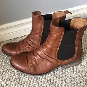 Miz Mooz leather ankle boots